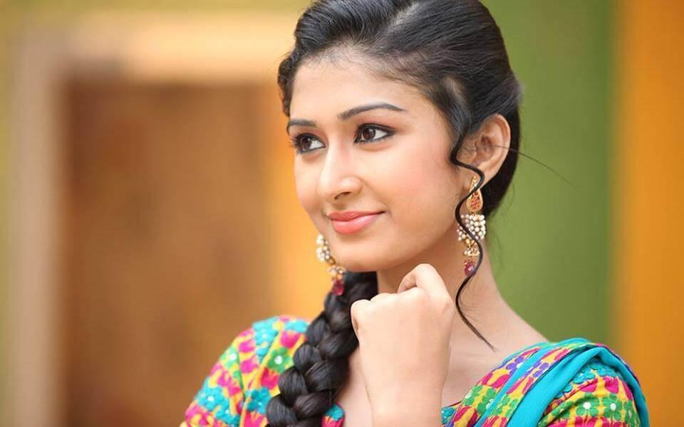 Farnaz Shetty (Induvadana) Wiki, Biography, Age, Serials, Movies, Images