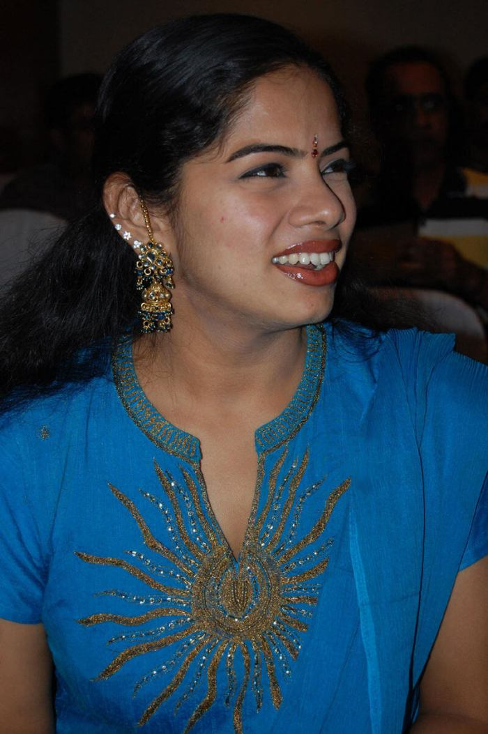 Deepa Venkat Wiki, Biography, Age, Movies, TV Shows, Images