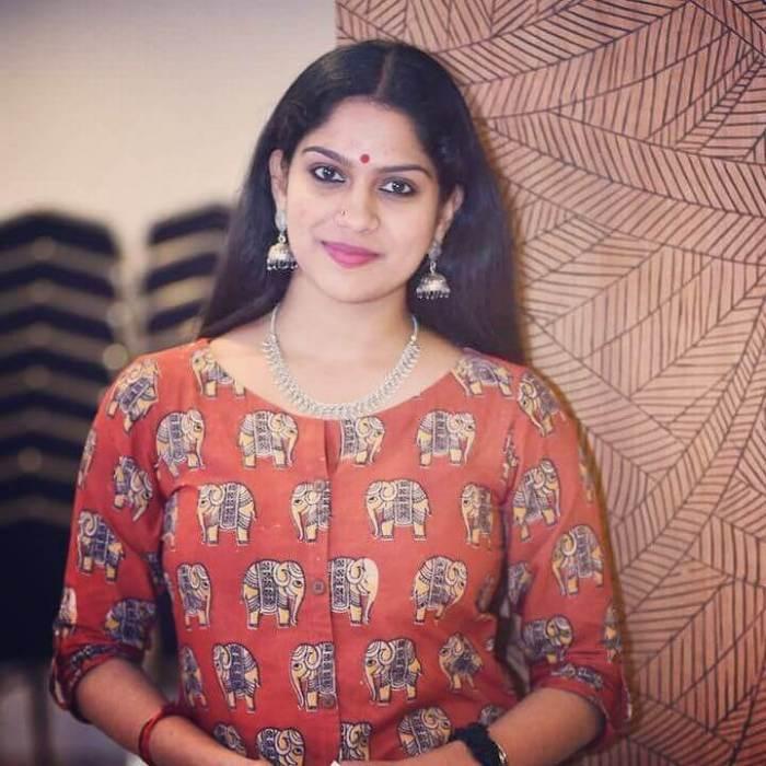 Swasika Vijay Images