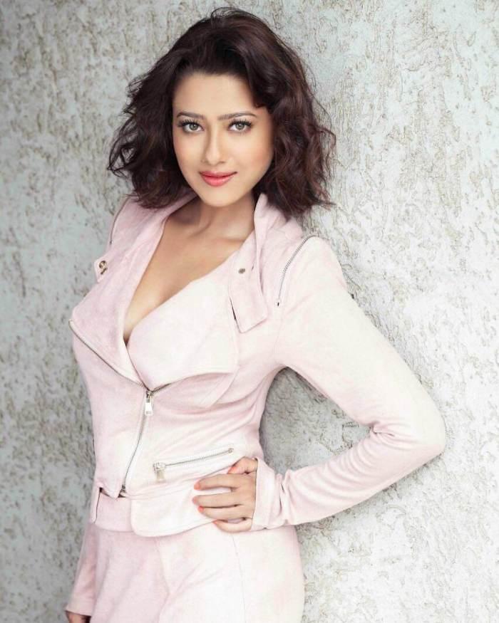 Madalsa Sharma Wiki