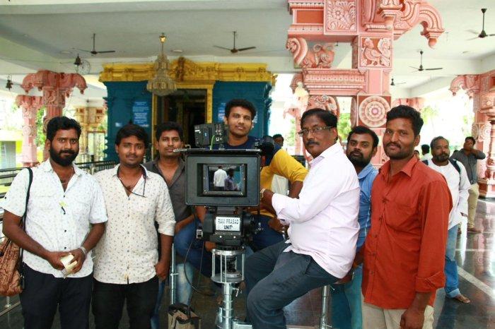 Jango Tamil Movie (2021) | Cast | Songs | Teaser | Trailer | Release Date