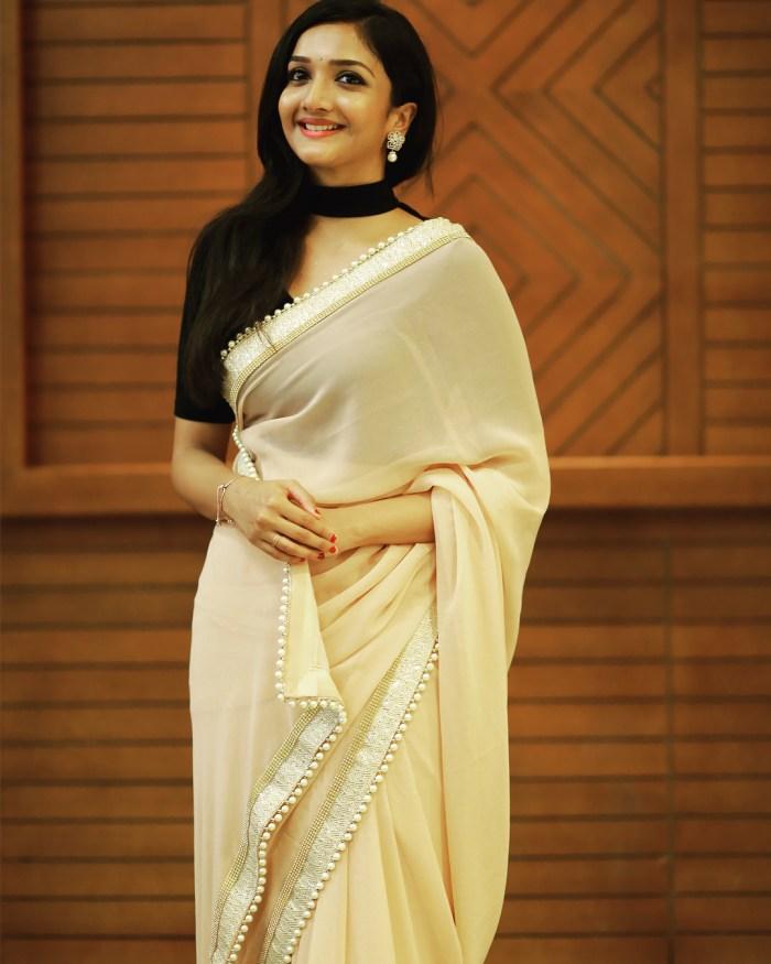 Surabhi Santosh Wiki