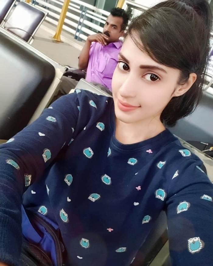 Kadaikutty Singam Actress Iraa Agarwal