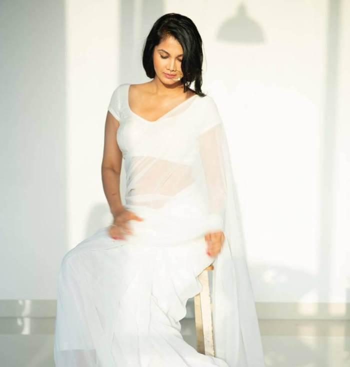 Rupali Suri Images