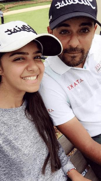 Khalin Joshi with his sister