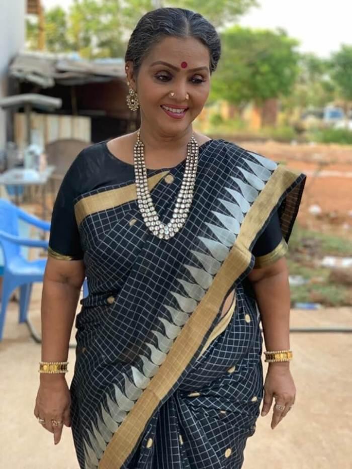 Fathima Babu Images