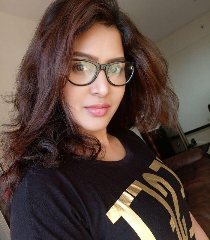Priiya Nair Images