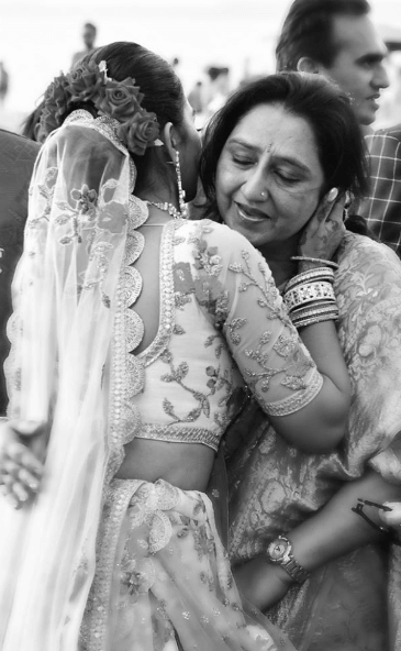 Mohena Kumari Singh Mother Ragini Singh