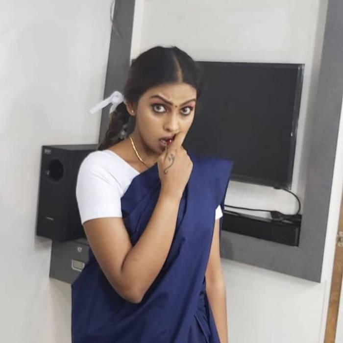Sri Nikha