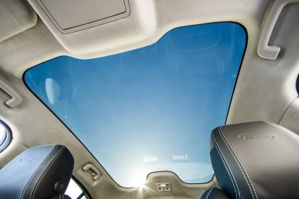 Jaguar I-Pace - panoramic roof