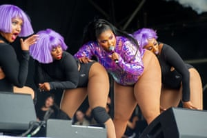 Lizzo and co performing on West Holts.
