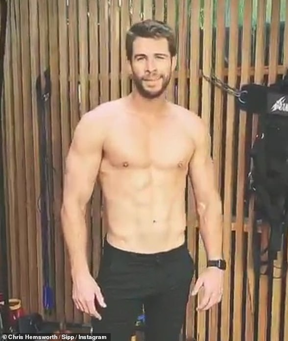 On August 3, the hunky young Hemsworth brother posted a promotional video to his Instagram, and there too he is conspicuously ring-free