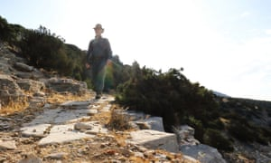 Kevin on the trail on Sifnos.