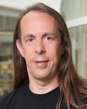 Dr Sebastian Grönke.