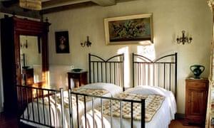 The Années Folles room at La Closerie de Fronsac, near Bordeaux