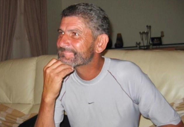 Jose Dinis Aveiro was an alcoholic and died of liver failure at the age of 52 in 2005