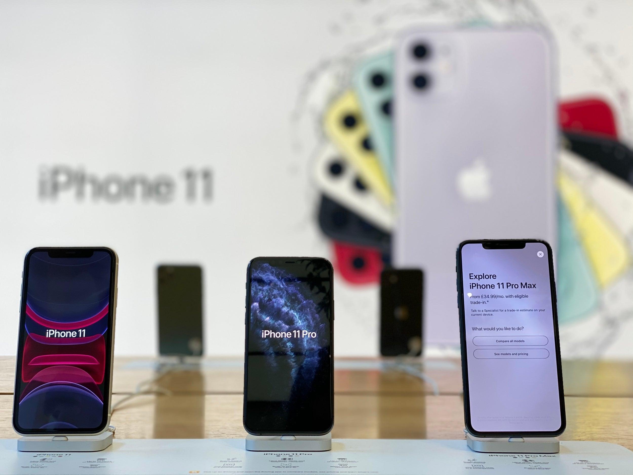 Lolos Tkdn Trio Iphone 11 Segera Dijual Resmi Di Indonesia