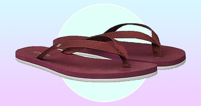 Picture of Burgundy Hermès flip flops