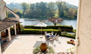 Villa Shambhala Dordogne Olivers Travels France Painting holiday