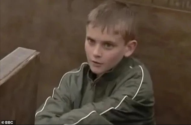 Cute: The second actor to take on the role of Peter Beale wasAlex Stevens for just one year from 1997 to 1998. As a baby and toddler Peter was played byFrancis Brittin-Snell