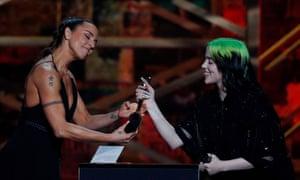 Mel C gives Billie Eilish her award at the Brits.