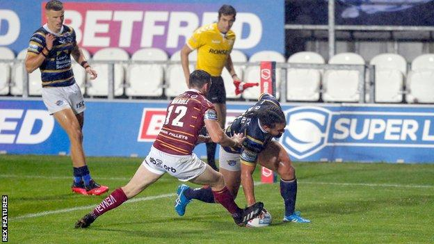 Konrad Hurrell grabbed Leeds' first try