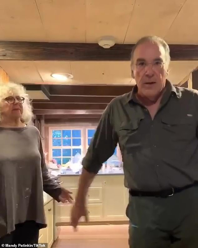 Make your voice heard! Patinkin urged his fans, 'Gotta get Biden/Harris in the White House, blue up and down the ballot'