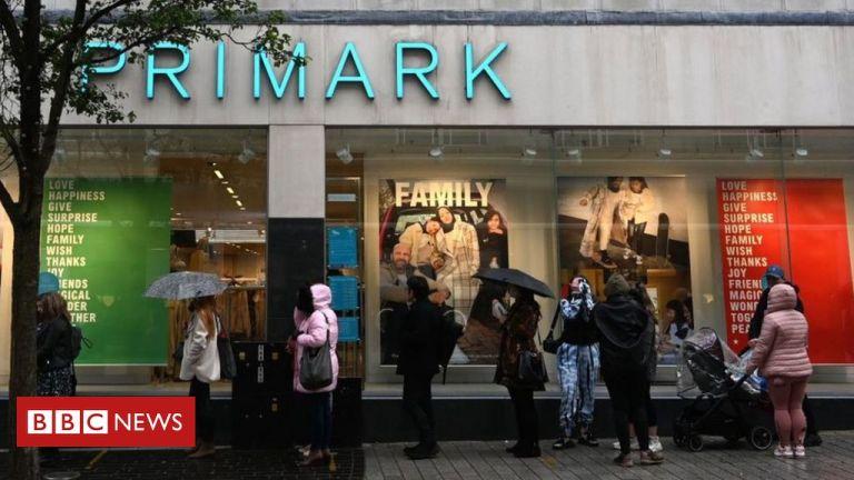 Coronavirus: Shoppers flock to stores as lockdown looms
