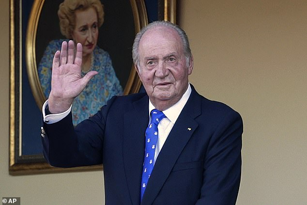 The expenditure linked to the cards, said to have been paid from an account Juan Carlos and his family are not named on, is understood to correspond to the years 2016, 2017 and 2018