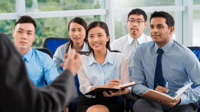How can I learn English in Singapore