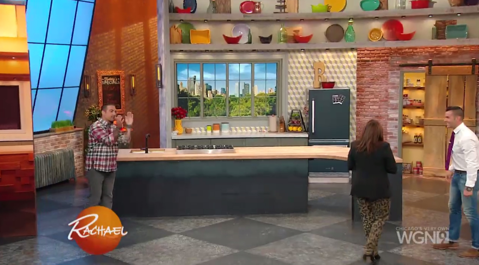 rachael ray kitchen rags gets cooking in new newscaststudio colaneri and carrino unveiled the set true hgtv fashion with two printed graphics of her old being dramatically pulled aside to reveal