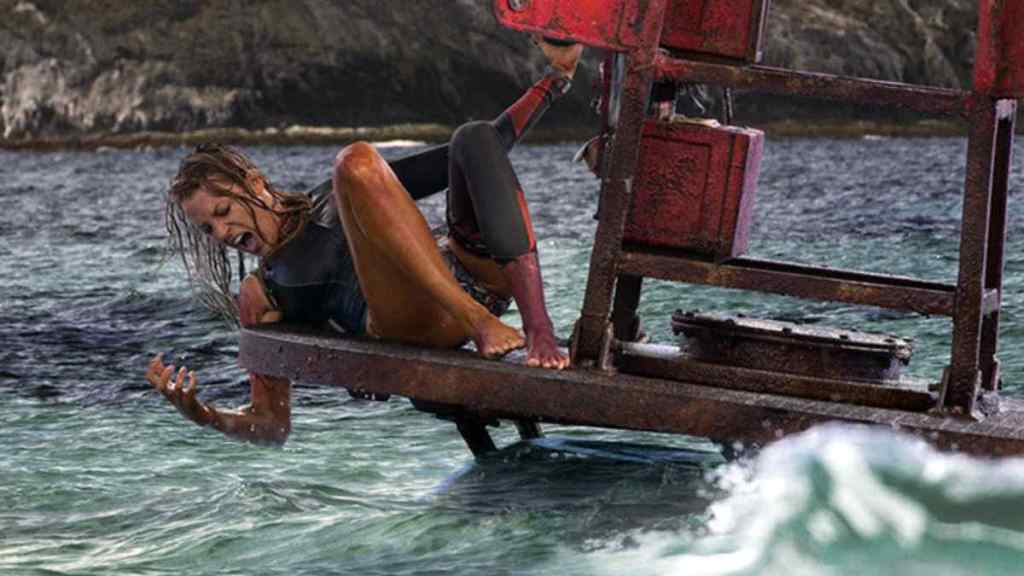 Blake Lively interpreta la surfista Nancy