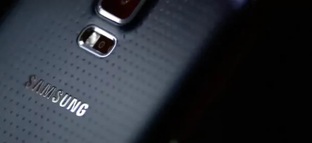 Samsung Galaxy S5 (Bild: YouTube Screenshot/Samsung Mobile)