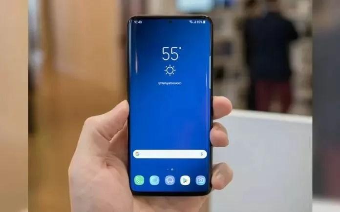 Samsung Galaxy S10 Plus punta il Benchmark AnTuTu