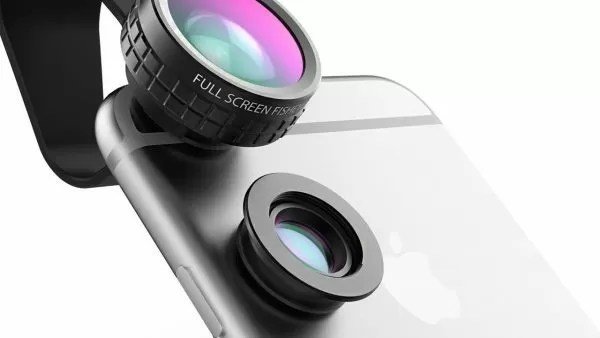 Esempio di lenti adattabili per selfie smartphone