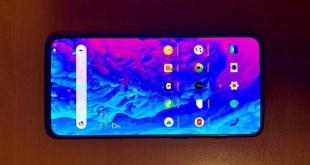 OnePlus 7: una nuova foto reale conferma la pop-up camera