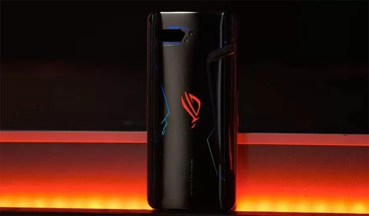 ASUS Rog Phone 5 è confermato, arriva online il primo video