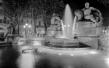 Ангельский фонтан Турина Италия