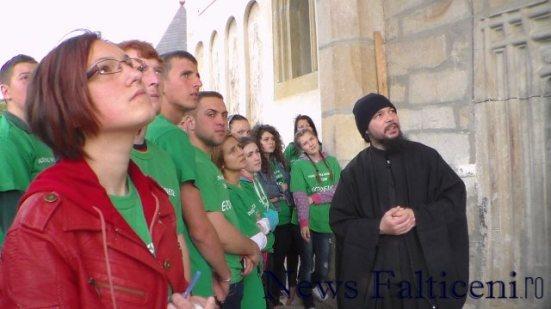 Falticeni-In vizita la manastire 1