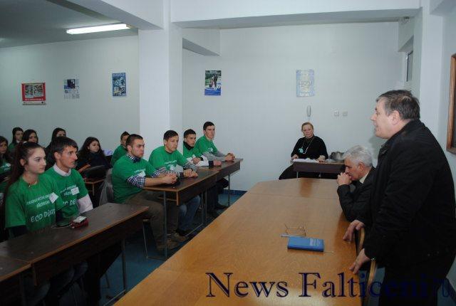 Falticeni-Vizita la Politie 2