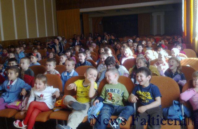 Falticeni-teatru 1