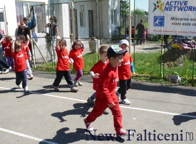 Falticeni-copii in tricouri de campioni