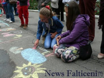 Falticeni-desene pe asfalt 11