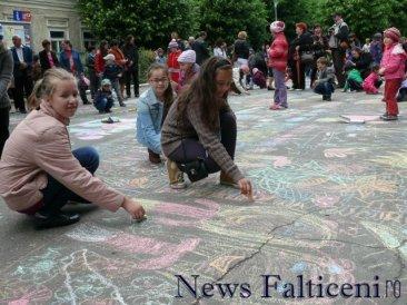 Falticeni-desene pe asfalt 6