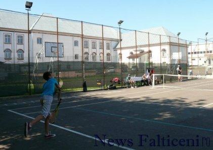 Falticeni-cocnurs tenis1