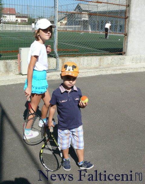 Falticeni-cocnurs tenis3