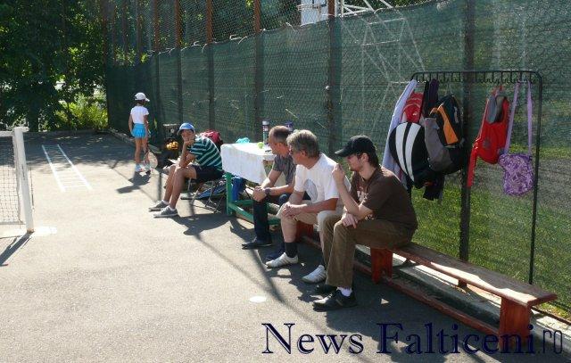 Falticeni-cocnurs tenis4