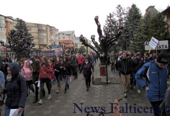 Falticeni -marsul_pentru_viata_4