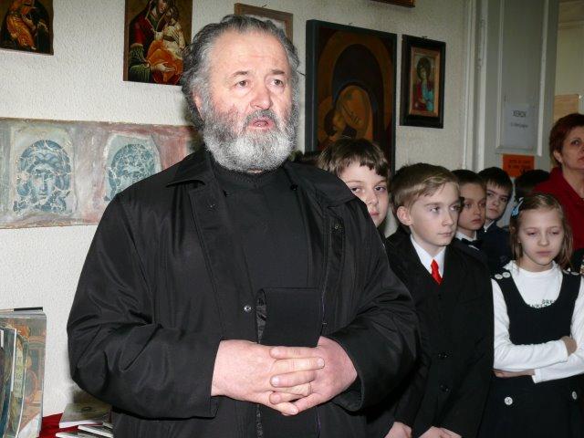 Falticeni-preotul Gheorghe Arama