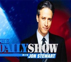 Ο Jon Stewart του The Daily Show σχολιάζει τον νόμο SOPA